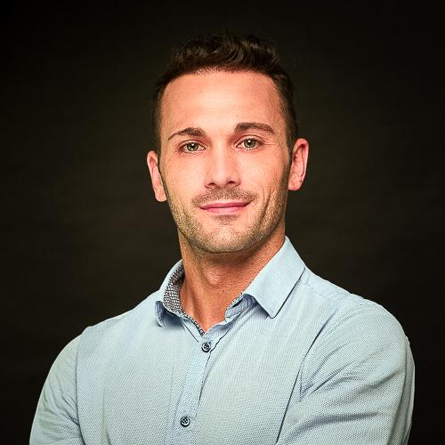 Consultant - Dustin Hoeger