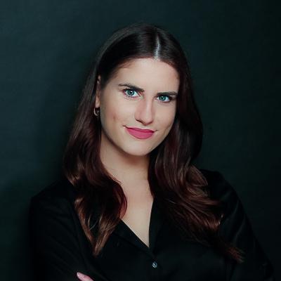Consultant - Alina Ferrante