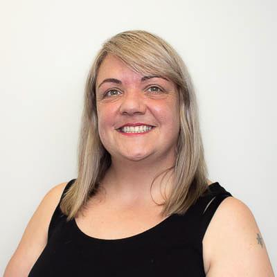 Consultant - Lindsay Irvine