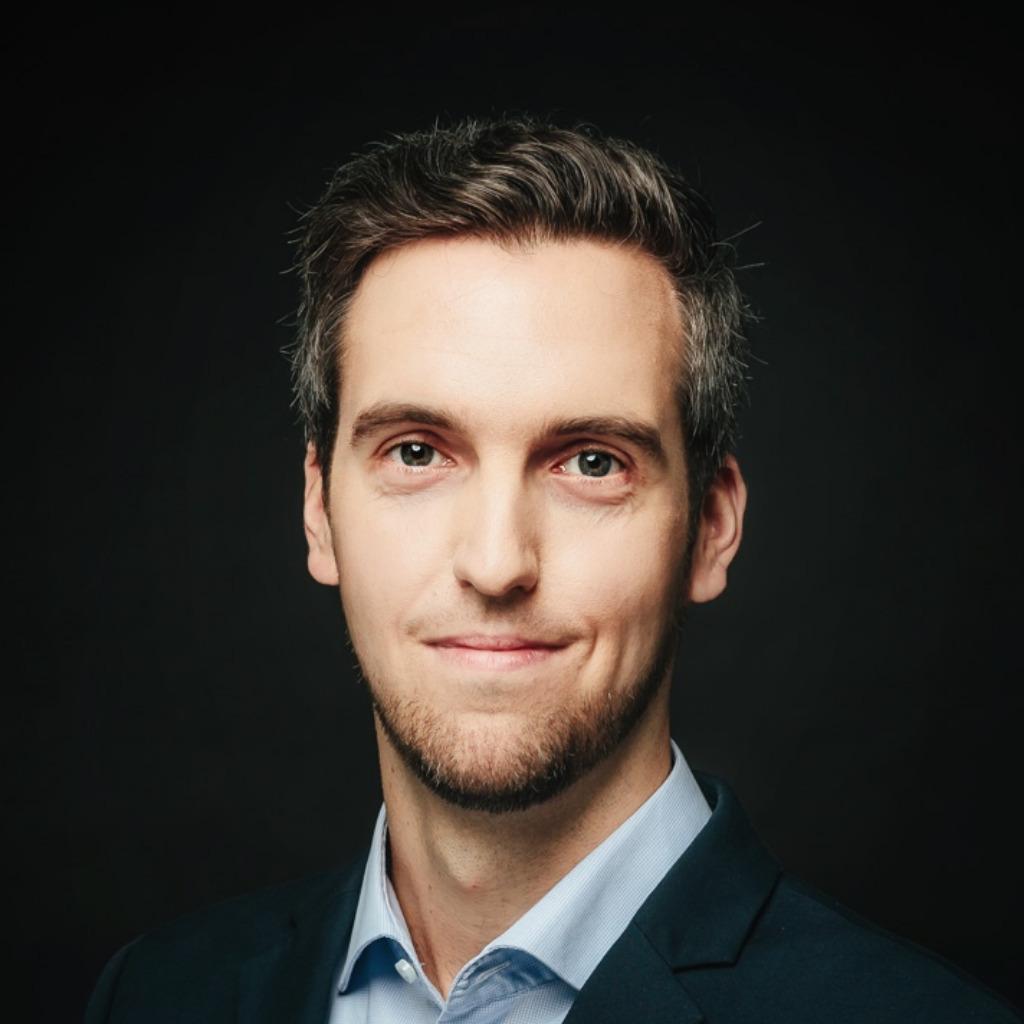 Consultant - Sebastian Hahn